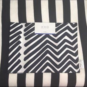 Marimekko Black and White Placemats